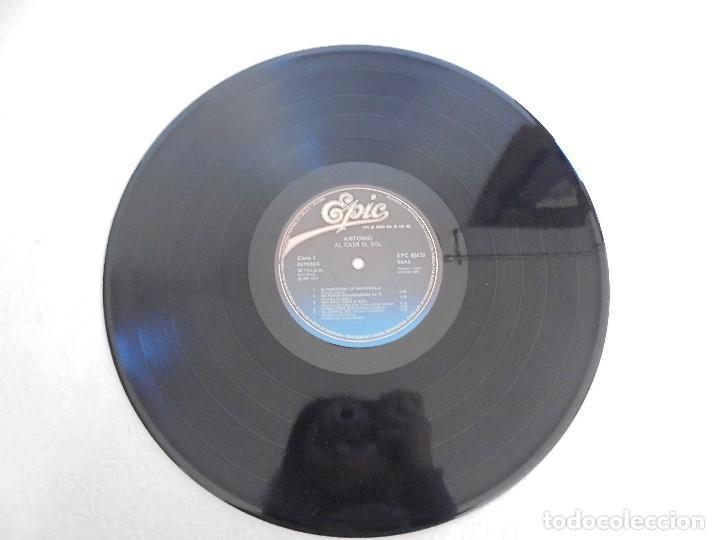 Discos de vinilo: ANTONIO FLORES. AL CAER EL SOL. EPIC 1981. VER FOTOGRAFIAS ADJUNTAS. - Foto 4 - 69513585