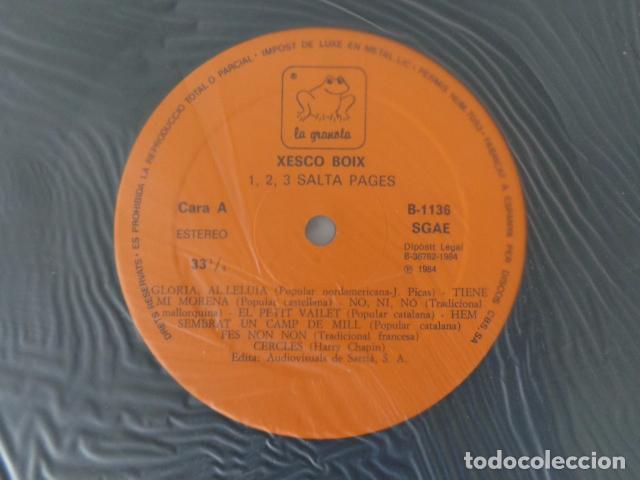Discos de vinilo: 1,2,3... Salta Pagès - Xesco Boix - Cançons per a l'escola - La granota 1984 - Como Nuevo - Foto 3 - 69621005