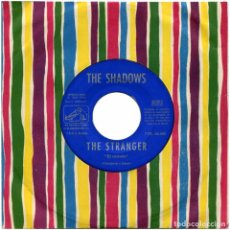 Discos de vinilo: THE SHADOWS – THE STRANGER / MAN OF MYSTERY - SG SPAIN 1960 - LA VOZ DE SU AMO 7EPL 63.005. Lote 69956421