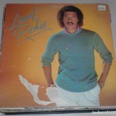 Discos de vinilo: LP. LIONEL RICHIE. SERVES YOU RIGHT / ROUND AND ROUND. 1982. MOTOWN RECORD. Lote 70073473