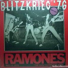 Discos de vinilo: RAMONES.BLITZKRIEG '76 THE CLUB CAMBIRGE MASS 1976. LP NO OFICIAL 1989. Lote 73836611