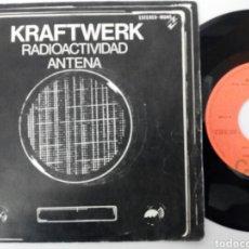 Discos de vinilo: KRAFTWERK 1976 RADIOACTIVIDAD/ ANTENA. Lote 74162770