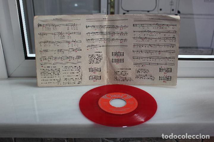 Discos de vinilo: SINGLE ORFEON INFANTIL DE ESPAÑA. YA VIENE LA VIEJA - GATATUMBA - LA VIRGEN Y SAN JOSE. - Foto 2 - 74271363