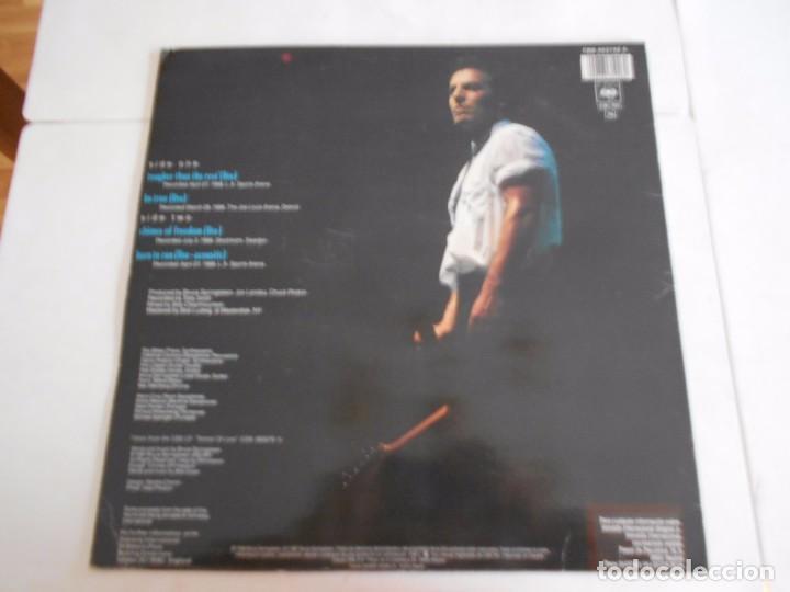 Discos de vinilo: BRUCE SPRINGSTEEN- MAXI CON 4 TEMAS-CHIMES OF FREEDOM-ESPAÑOL 1988 - Foto 2 - 75917351