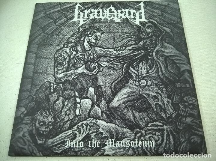 GRAVEYARD?– INTO THE MAUSOLEUM- ANTICHRISTIAN FRONT RECORDS ?– AFR 008-DEATH METAL-N (Música - Discos de Vinilo - Maxi Singles - Punk - Hard Core)