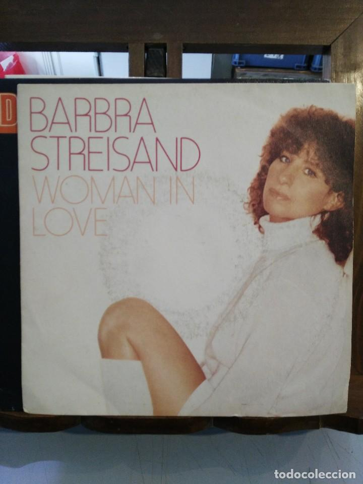 BARBRA STREISAND - WOMAN IN LOVE / RUN WILD - SINGLE (Música - Discos - Singles Vinilo - Pop - Rock - Extranjero de los 70)