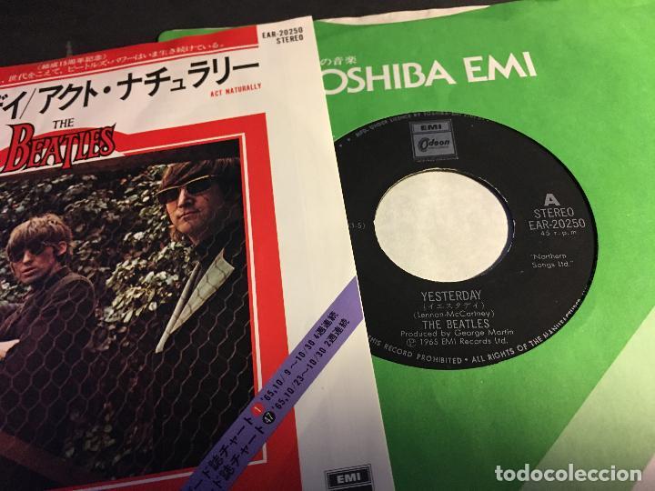 Discos de vinilo: THE BEATLES ( YESTERDAY /ACT NATURALLY) SINGLE JAPAN (EPI5) - Foto 2 - 76397715