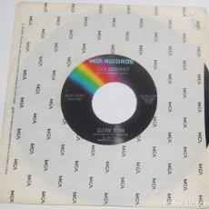 Discos de vinilo: SINGLE - ELTON JOHN - THE BITCH IS BACK / COLD HIGHWAY - MCA RECORDS 1974 USA. Lote 77217285