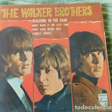 Discos de vinilo: THE WALKER BROTHERS – WALKING IN THE RAIN + 3 - EP. Lote 77439169