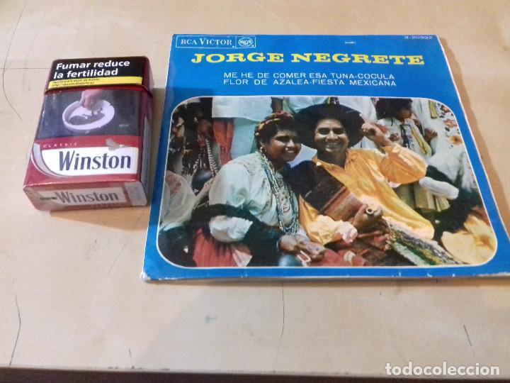 Discos de vinilo: Jorge Negrete - Me he de comer esa Tuna / Cocula/flor de azalea/fiestra mexicana/RCA Victor - Foto 2 - 79799549