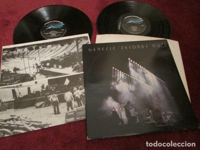 Discos de vinilo: GENESIS / seconds out 1977 !! DOBLE LP !! COMPLETA 1ª EDIC. ORIG USA + ENCARTES !! TODO IMPECABLE - Foto 4 - 79962443