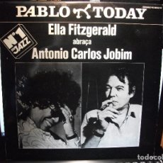 Discos de vinilo: ELLA FITZGERALD & ANTONIO C.JOBIM ELLA ABRAÇA A JOBIM DOBLE LP SPAIN 1981 PDELUXE. Lote 80942536