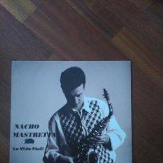 Discos de vinilo: MASTRETTA VIDA FÁCIL (NOTA PRENSA Y LETRAS) EX MANOS DE ORLAC. Lote 83659020