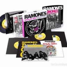 Disques de vinyle: CAJA 10 SINGLE RAMONES SINGLES BOX NUEVO RSD 2017 LIMITADO Y NUMERADO. Lote 90221946