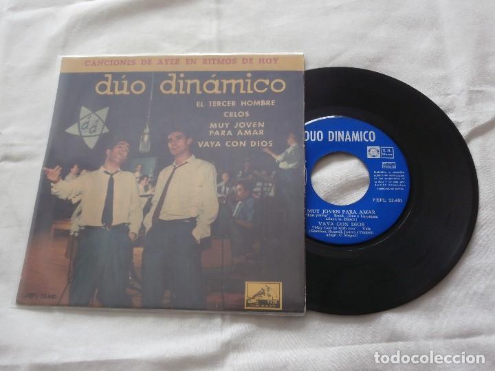 DUO DINAMICO 7 ´EP EL TERCER HOMBRE + 3 TEMAS (1961) COMO NUEVO *FIRMADO Y DEDICADO POR EL GRUPO* (Música - Discos de Vinilo - EPs - Grupos Españoles 50 y 60)