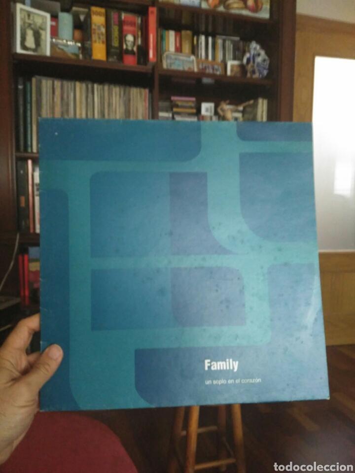 FAMILY UN SOPLO EN EL CORAZÓN ER 1009 1993 CONTRAPORTADA CON LAS LETRAS (Música - Discos - LP Vinilo - Grupos Españoles de los 90 a la actualidad)