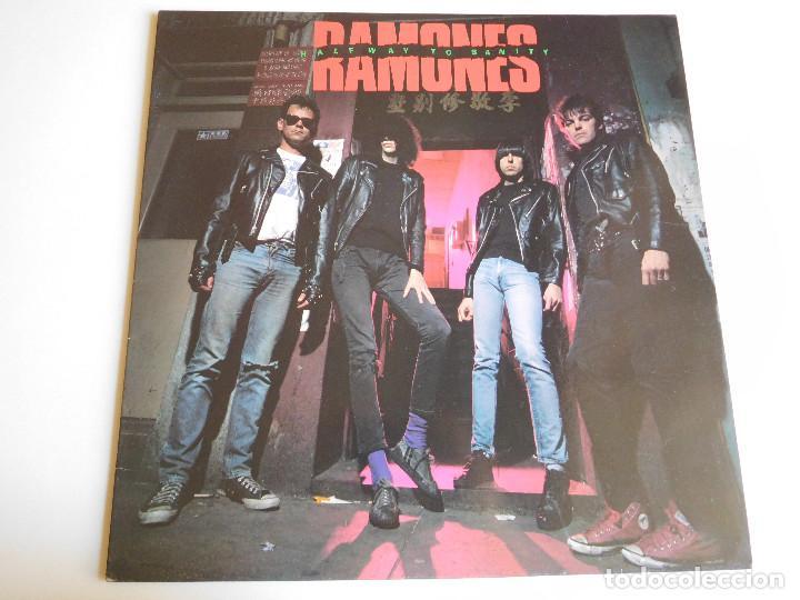 RAMONES. LP. HALFWAY TO SANITY. EDICIÓN ESPAÑOLA. ARIOLA 1987 (Música - Discos - LP Vinilo - Punk - Hard Core)