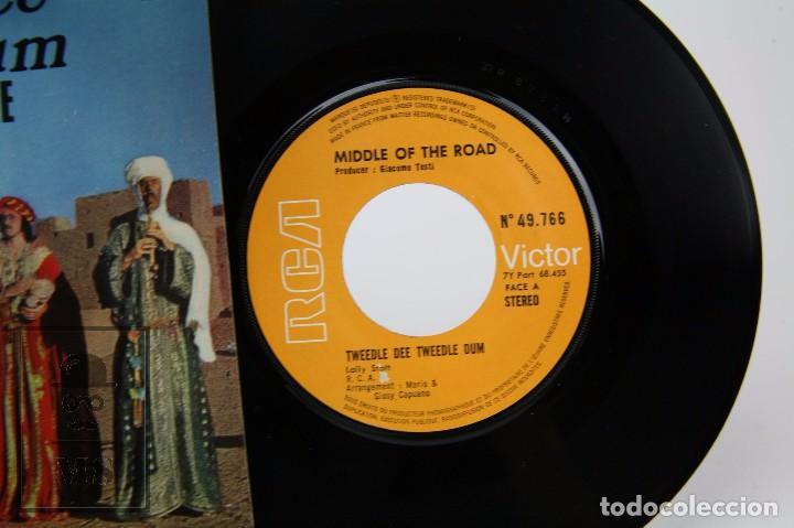 Discos de vinilo: Disco Single de Vinilo - Tweedle Dee Tweedle Dum. Middel of the Road - Francia - Foto 2 - 87321440