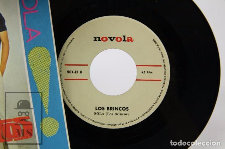 Discos de vinilo: Disco Single de Vinilo - Los Brincos. Borracho / Sola - Novola / Zafiro, 1965 - Foto 2 - 87337992