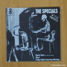 Discos de vinilo: THE SPECIALS - GHOST TOWN + 2 - EP. Lote 87432279