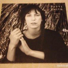 Discos de vinilo: PATTI SMITH ( DREAM OF LIFE ) 1988-GERMANY LP33 ARISTA. Lote 88505828