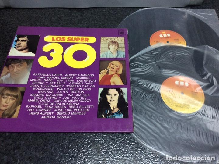 VINILO LP -LOS SUPER 30, DOBLE LP RECOPILATORIO VARIOS ARTISTAS: CARRA, SERRAT, MARISOL, LAS GRECAS, (Música - Discos - LP Vinilo - Pop - Rock - Internacional de los 70)