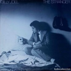 Discos de vinilo: BILLY JOEL. THE STRANGER. LP UK CON ENCARTE CON LETRAS. Lote 88793436