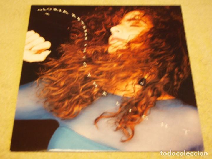 GLORIA ESTEFAN - INTO THE LIGHT 1991 - HOLANDA LP EPIC (Música - Discos - LP Vinilo - Pop - Rock Extranjero de los 90 a la actualidad)
