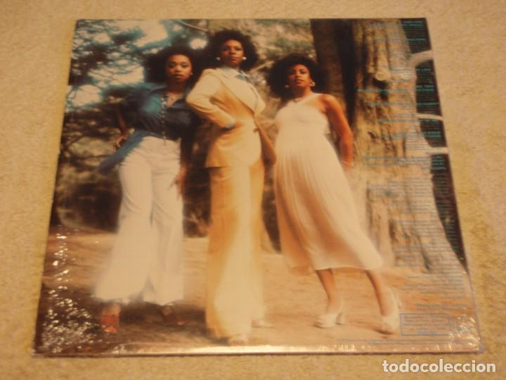 Discos de vinilo: THE SUPREMES - MARY, SCHERRIE & SUSAYE USA - 1976 LP MOTOWN RECORDS - Foto 2 - 90100624