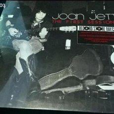 Discos de vinilo: MUSICA LP JOAN JETT FIRST SESSIONS (BLACK & WHITE VINYL) EDICIÓN LIMITADA NUMERADA PRECINTADO. Lote 115614230