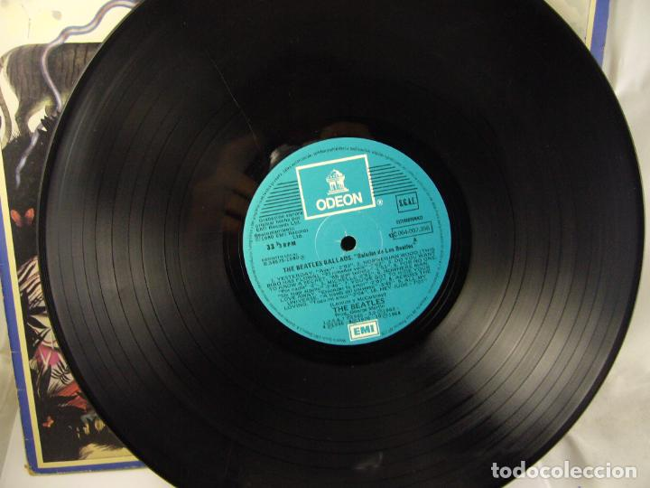 Discos de vinilo: THE BEATLES BALLADS 20 ORIGINAL TRACKS 1980 - Foto 3 - 188466556