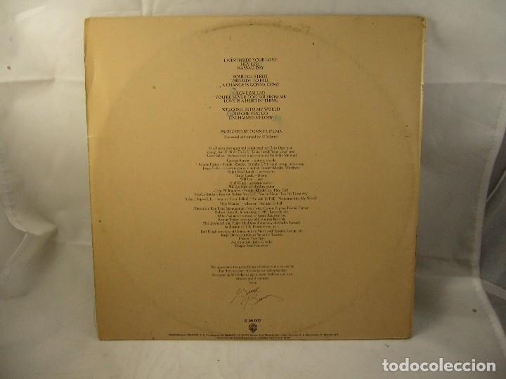 Discos de vinilo: LP VINILO GEORGE BENSON - LIVIN INSIDE YOUR LOVE 2 LPS - Foto 3 - 90999975