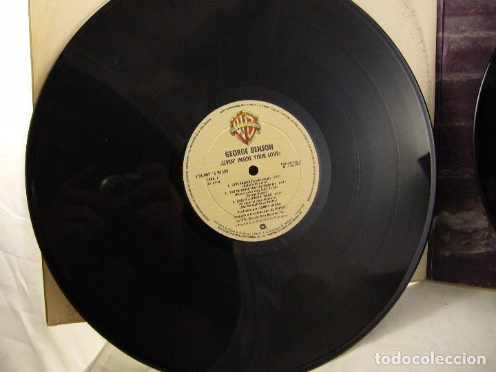 Discos de vinilo: LP VINILO GEORGE BENSON - LIVIN INSIDE YOUR LOVE 2 LPS - Foto 8 - 90999975