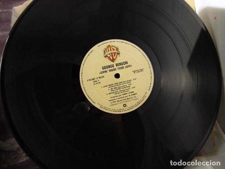 Discos de vinilo: LP VINILO GEORGE BENSON - LIVIN INSIDE YOUR LOVE 2 LPS - Foto 10 - 90999975