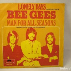 Disques de vinyle: BEE GEES (SINGLE 1970) LONELY DAYS - MAN FOR ALL SEASONS. Lote 91810035
