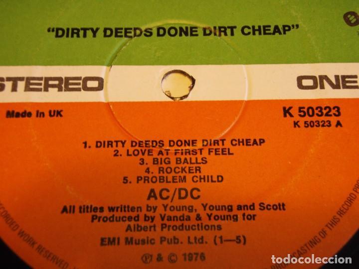 Discos de vinilo: AC/DC – Dirty Deeds Done Dirt Cheap, UK 1976 Atlantic - Foto 5 - 94682623