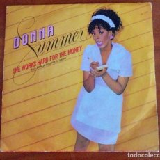 Discos de vinilo: DONNA SUMMER – SHE WORKS HARD FOR THE MONEY - SINGLE SPAIN 1983. Lote 94817135