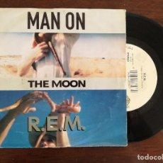Discos de vinilo: R.E.M. MAN ON THE MOON (WARNER) SINGLE. Lote 94931987