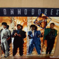 Discos de vinilo: COMMODORES - UNITED - LP 1986. Lote 95047919