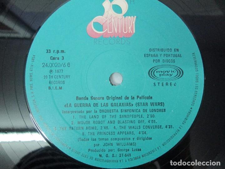 Discos de vinilo: BANDA SONORA ORIGINAL DE LA PELICULA LA GUERRA DE LAS GALAXIAS. ORQUESTA SINFONICA DE LONDRES. 1977 - Foto 4 - 95754267