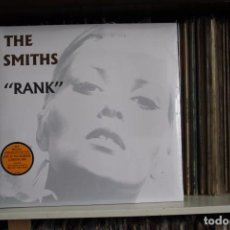 Discos de vinilo: THE SMITH. RANK. DOBLE LP 180 GR, AUDIOPHILE CON POSTER. LIVE AT THE KILBURN, PRECINTADO. Lote 96002679