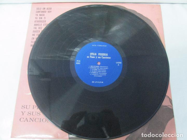 Discos de vinilo: OTILIA FIGUEROA. SU PIANO Y SUS CANCIONES. LP VINILO CON FIRMA POSIBLEMENTE DE LA AUTORA VER FOTOS - Foto 3 - 147430130