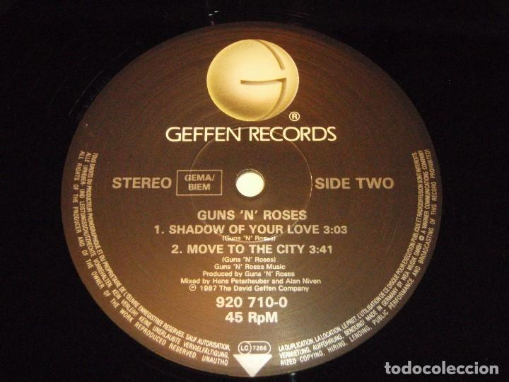 Discos de vinilo: GUNS N ROSES ( ITS SO EASY - MR. BROWNSTONE - SHADOW OF YOUR LOVE - MOVE TO THE CITY ) 1987-GE - Foto 6 - 96431223