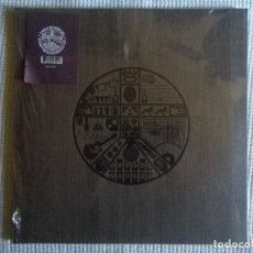 Discos de vinilo: BADLY DRAWN BOY - '' THE HOUR OF BEWILDERBEAST '' 3 LP REMASTERED DELUXE LIMITED 1000 COPIAS SEALED. Lote 97080663