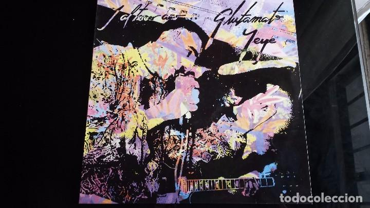 LP GLUTAMATO YEYE: Y AL TERCER AÑO (EN DIRECTO) (Música - Discos - LP Vinilo - Grupos Españoles de los 90 a la actualidad)