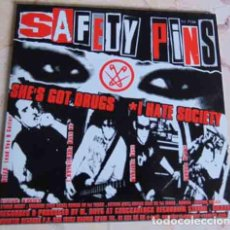 Discos de vinilo: SAFETY PINS – SHE'S GOT DRUGS - EP MUNSTER 1999. Lote 97539339