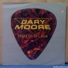 Discos de vinilo: GARY MOORE - HOLD ON TO LOVE 1983 UK 12