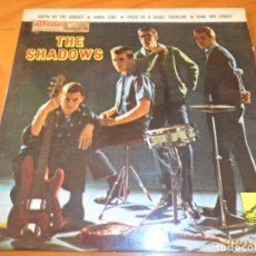 Discos de vinilo: THE SHADOWS - SOUTH OF THE BORDER/ KINDA COOL/ SOME ARE LONELY +1 - EP 1963 SPAIN. Lote 97859019
