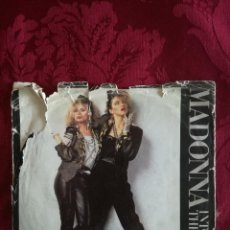 Discos de vinilo: SINGLE MADONNA VINILO INTO THE GROOVE. Lote 98047403