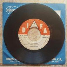 Discos de vinilo: GRUPO CELESTE - EN EL CAMPO 45S 1970S PERÚ CUMBIA PSYCH!! CHACALON. Lote 98490259